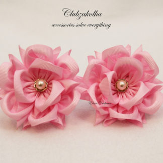 clubzakolka.ru Цветы КАМЕЛИИ розовые на резинках